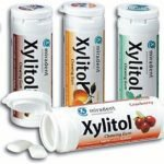 Xylitol chewing gum and how it helps battle tooth decay