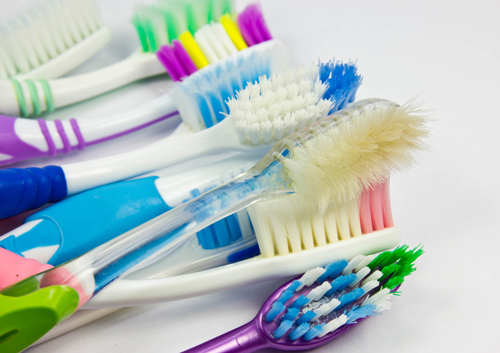 Top 4 Ways You Can Utilize Your Old Toothbrush